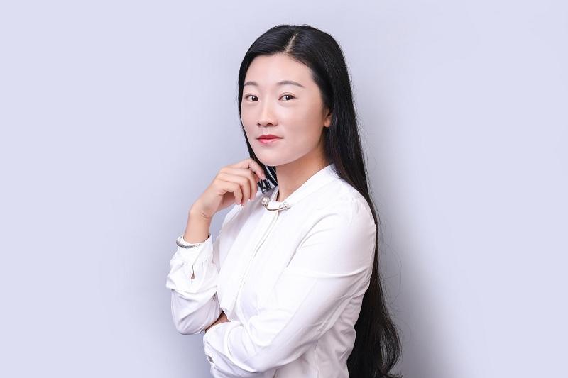 行政人事总监-马鲜娜
