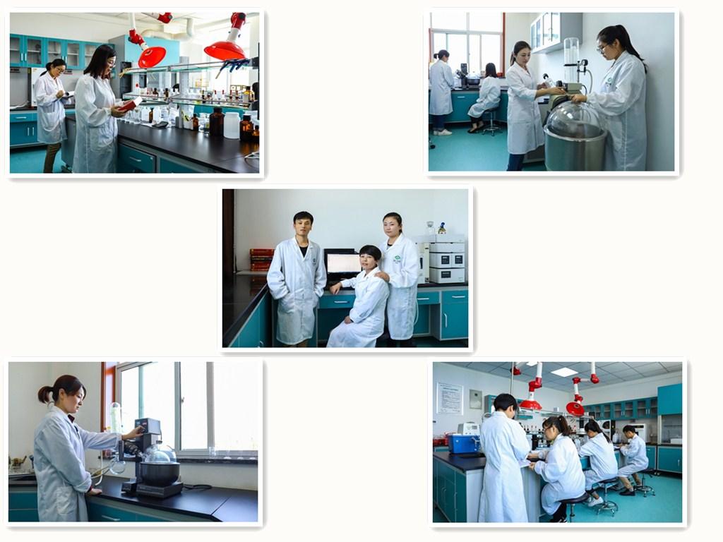研发体系   研发中心配有专业技术研发团队,其中硕士研究生1名,本科学历6名。同时配有研发实验室100㎡,专业精良的设备仪器和精密计量器具200多件,研